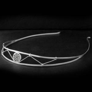 Ободок для волос из серебра с символом Лады-богородицы